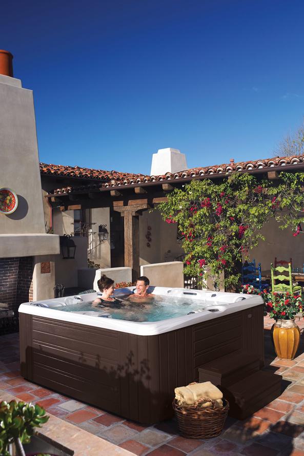Caldera Paradise Salina 7 Person Hot Tub - Gallery