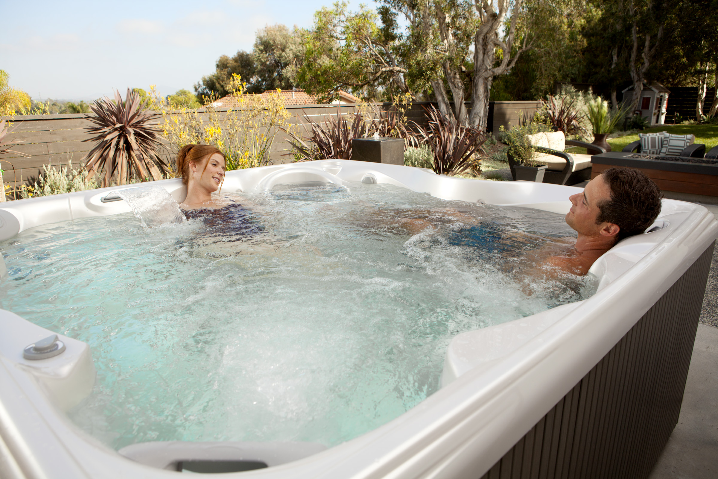Hot Spring Hot Spot Relay 6 Person Hot Tub - Gallery
