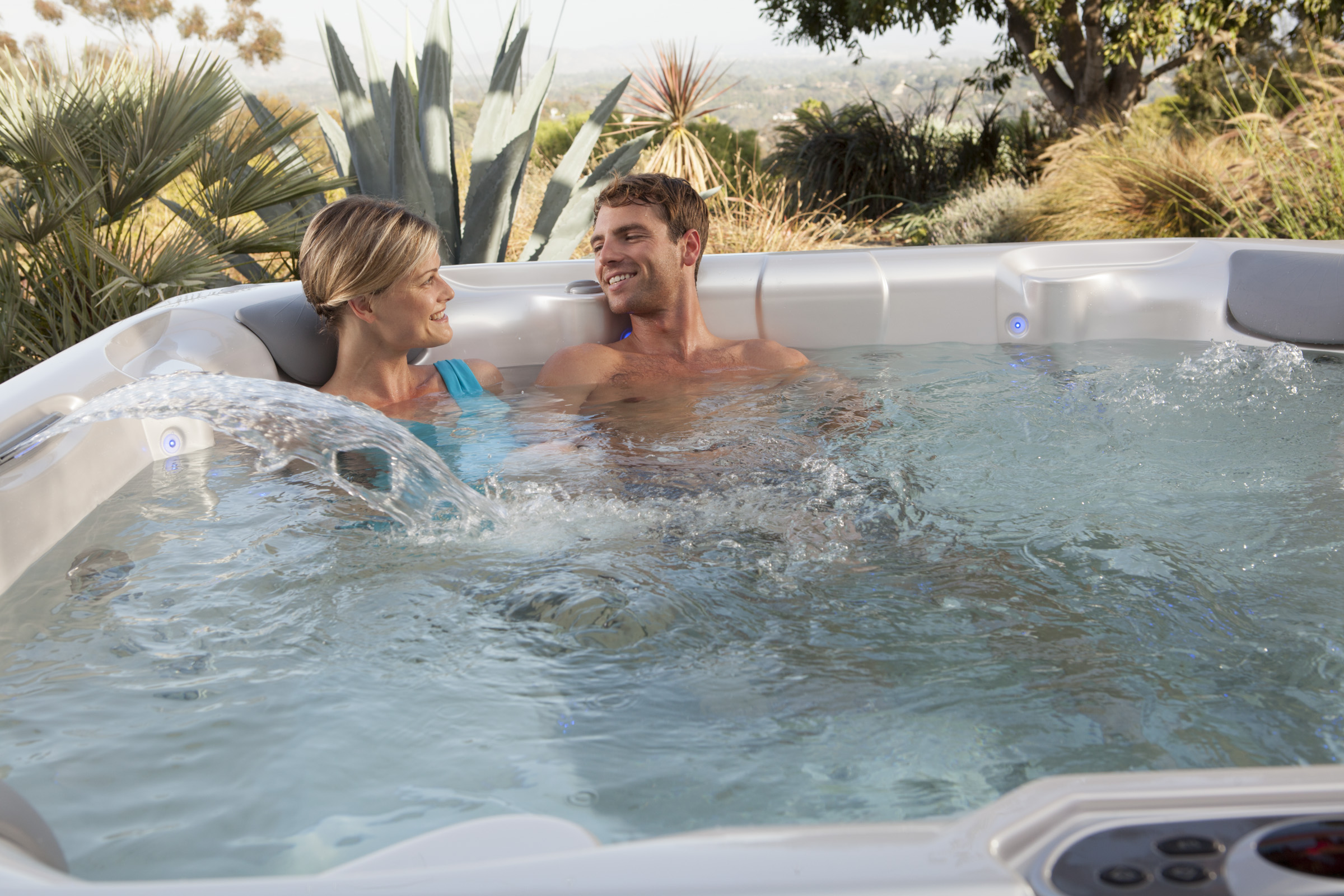 Hot Spring Limelight Pulse 7 Person Hot Tub - Gallery