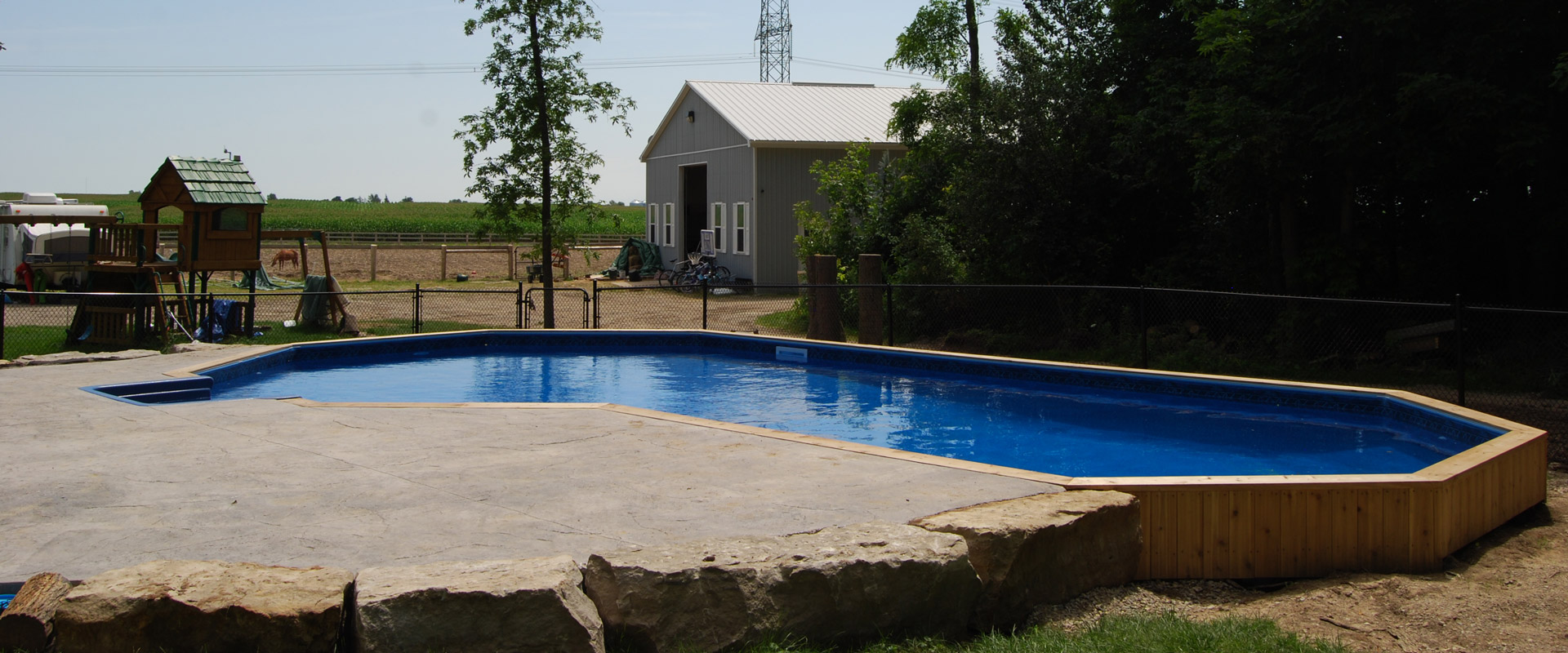 The Smiths Onground Pool Showcase Pioneer Family Pools
