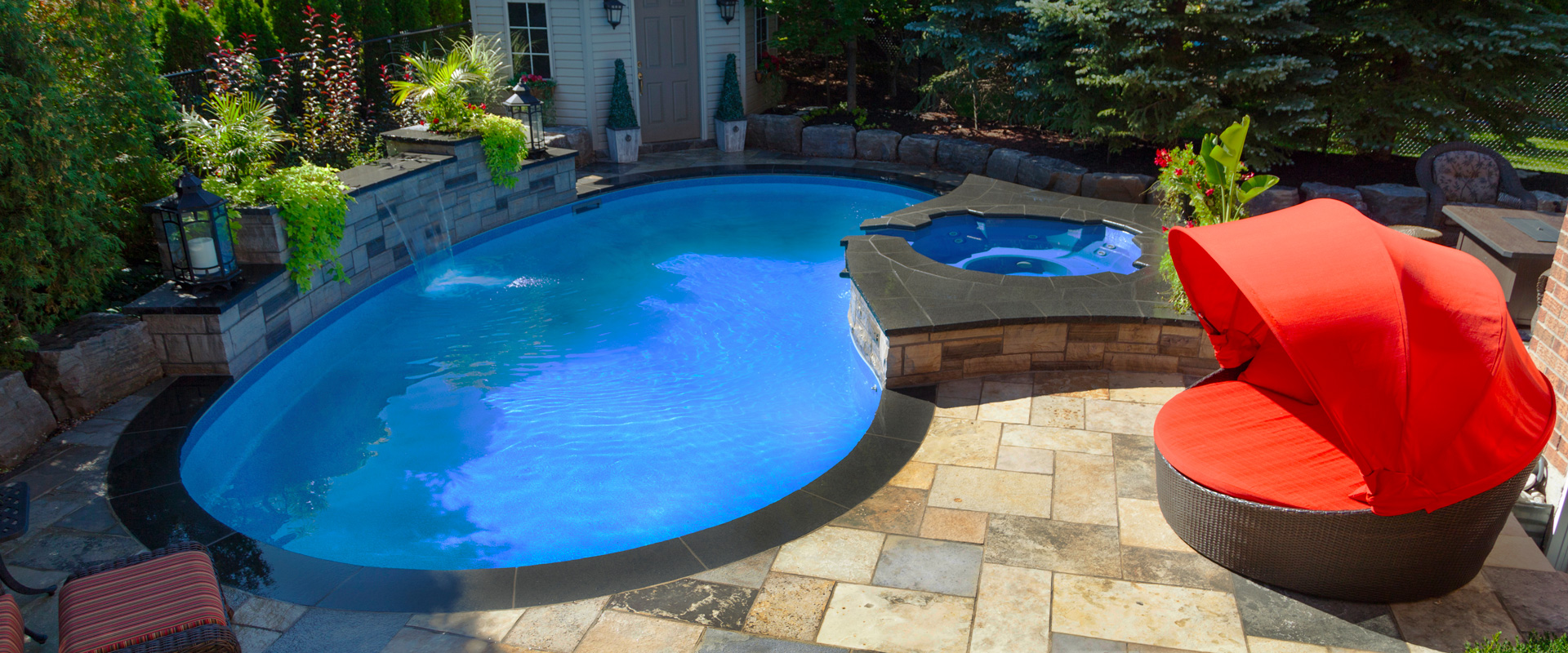The deiuliis inground pool showcase pioneer family pools for Pool showcase
