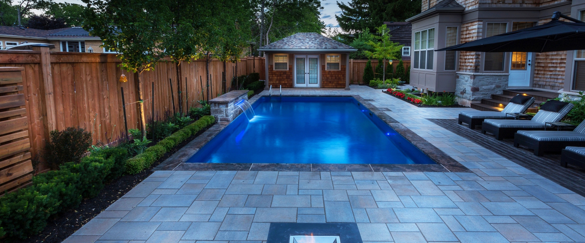 Inground pool customer galleries pioneer family pools for Pool showcase