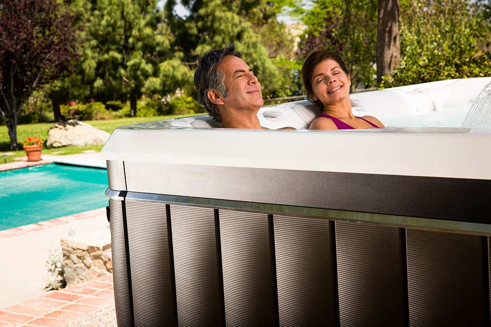 Florence 6 Person Hot Tub - Caldera - Hot Tubs - Pioneer Family Pools - Gallery