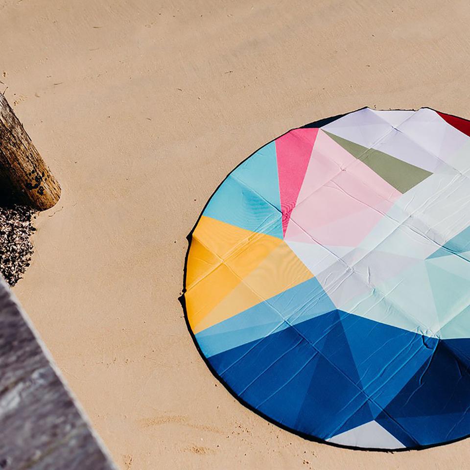 Prism 6′ Round Outdoor Mat